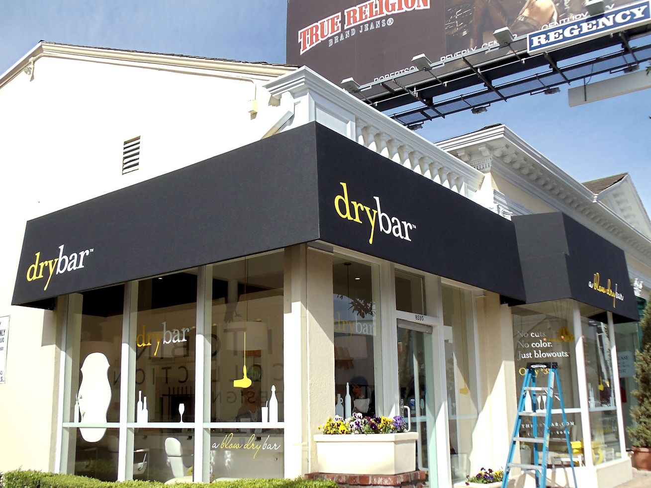 30 Storefront Awnings - Superior Awning